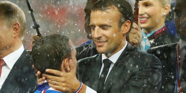 La coupe du monde dope le moral des Français, pas l'image de Macron, selon un sondage Odoxa réalisé après...
