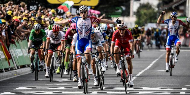 Arnaud Démare (ici le 26 juillet à l'arrivée à Pau) remporte l'étape 18 du Tour de France 2018 au