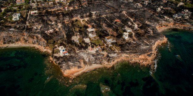 Grèce: L'incendie qui a fait plus de 80 morts soupçonné d'être