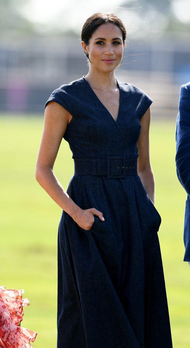 Meghan Markle a vraiment beaucoup de classe avec cette robe en