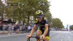 Les belles images de Sylvain Chavanel entrant le premier sur les Champs-Elysées pour son dernier