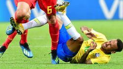 Neymar reconnaît (enfin) qu'il exagère