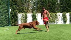Lionel Messi s'entraîne avec un adversaire