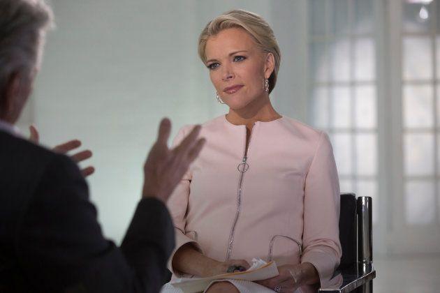 Megyn Kelly interviewe Michael Douglas sur la chaîne Fox News en mai