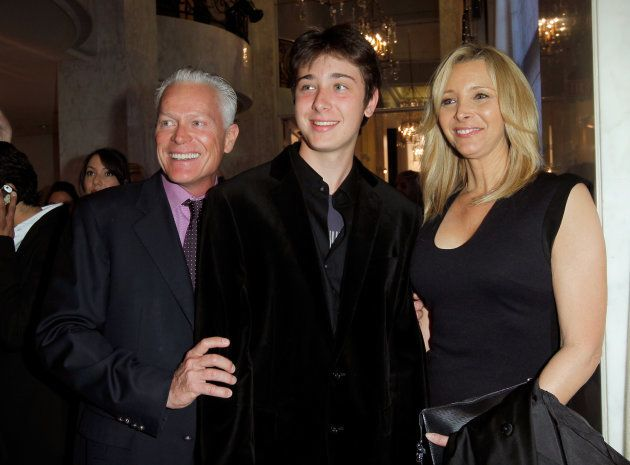 Michel Stern, Julian Murray Stern et Lisa Kudrow assistent à EIF Women Cancer Research Fund's 16th Annual...