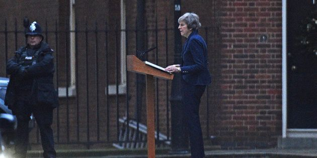 Theresa May menacée part un vote de défiance des