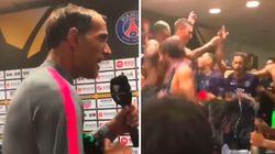 Les joueurs du PSG ont bizuté leur nouveau coach en beauté après avoir remporté le Trophée des