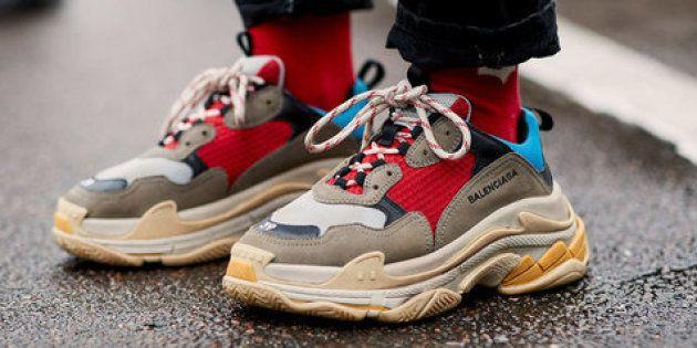 8df78a9eb26 Ou comment porter les grosses chaussures vintage de sport de son père est  devenu cool