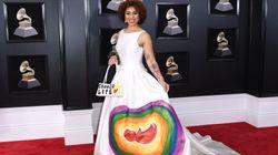 Après la tenue pro-Trump, Joy Villa ose la robe anti-avortement aux Grammys