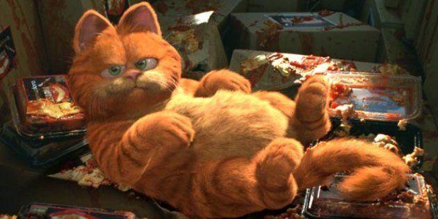 Le chat Garfield et ses fameux plats de lasagnes dans le