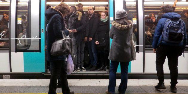 Dans les transports en commun, une femme sur deux ressent de l'insécurité .