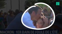 Pour son premier bain de foule de l'été, Macron est toujours président de baisers et des