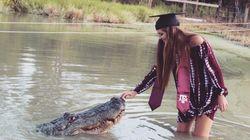 Cette étudiante a choisi de poser avec un compagnon inhabituel pour sa remise de