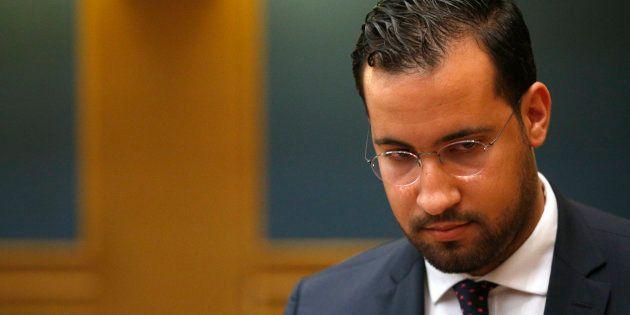 Alexandre Benalla, ici le 19 septembre devant la commission des lois du Sénat, est mis en examen une...