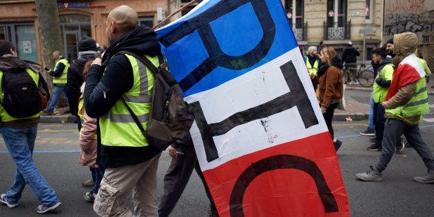 Philippe promet un débat sur le référendum d'initiative citoyenne (photo prise à Toulouse le 15