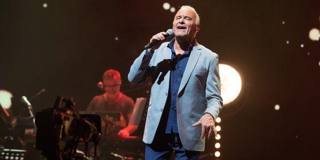 Michel Fugain en a assez des télé-crochets. Ce 1er février, le chanteur s'est confié dans les colonnes...