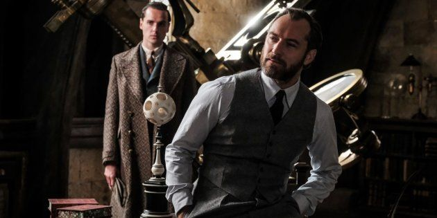 Campé par Jude Law, le jeune Dumbledore de la suite