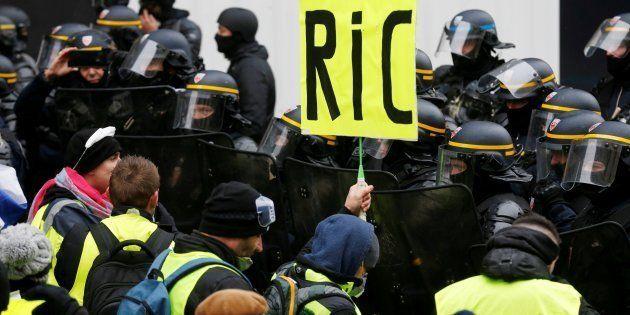 Le Ric est toujours une revendication des gilets jaunes, comme le montre cette photo prise dans la manifestation...