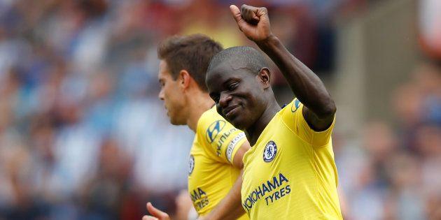 N'Golo Kanté fête son but lors d'Huddersfield-Chelsea en Premier League le 11 août