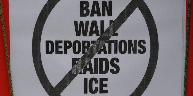 Aux États-Unis, la police de l'immigration incitée à arrêter des clandestins au