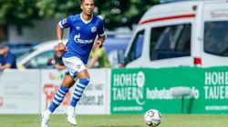 Un défenseur central allemand de 21 ans signe au