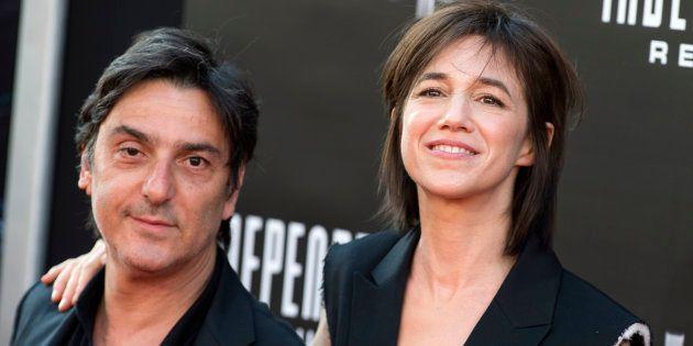 Yvan Attal est en train d'écrire un film dans lequel il jouera avec Charlotte Gainsbourg et leurs trois