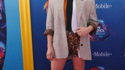 Chloë Grace Moretz très élégante en blazer aux Teen Choice