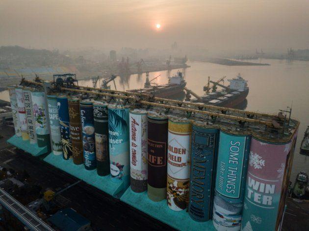 Les silos à grains d'Incheon en Corée deviennent la plus grande fresque du