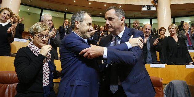 Trois jours avant la visite du président de la République, le couple Simeoni-Talamoni veut lui adresser...