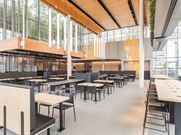 McDonald's ouvre un restaurant