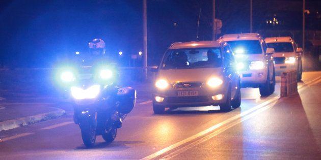 Des policiers français escortent un convoi de Fleury-Mérogis à Bruxelles, potentiellement celui de Salah...