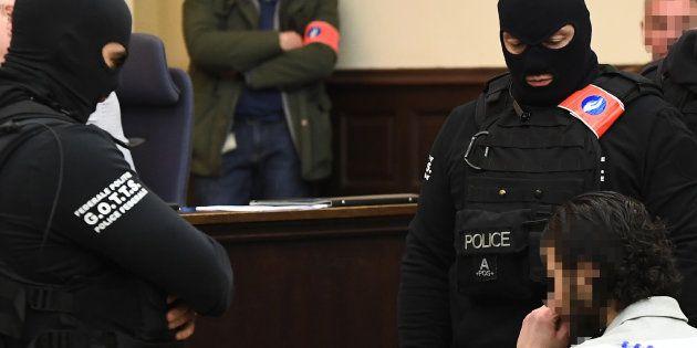 EN DIRECT - Suivez le procès de Salah Abdeslam à