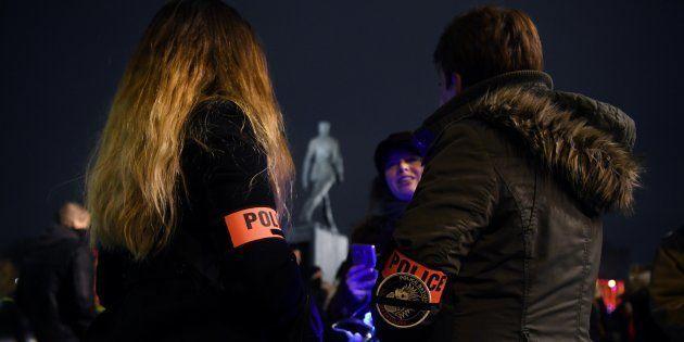 Policiers manifestants à Paris pour demander plus de
