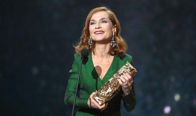 Isabelle Huppert reçoit le César de la meilleure actrice en 2017 pour