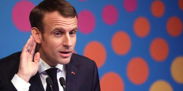 L'Elysée dément les propos attribués au président Emmanuel Macron, qui aurait qualifié les visas d'étudiants...