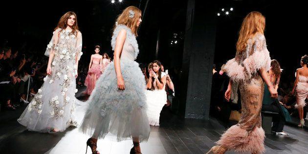 À la Fashion Week de New York, les mannequins devront avoir des espaces protégés pour se changer. (New York, septembre 2017)