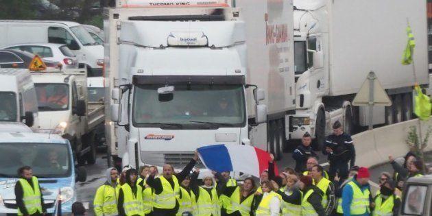 Gilets jaunes: À Perpignan, un automobiliste tué dans un