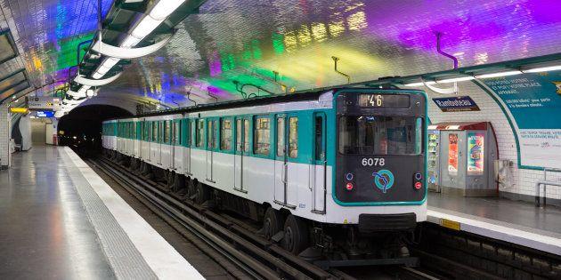 Un journaliste raconte une agression antisémite qui s'est déroulée dans le métro à Paris le 22 décembre