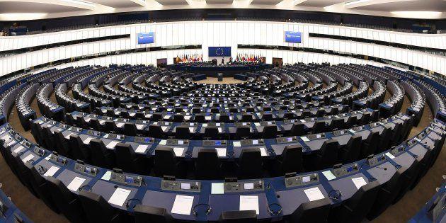 Le Parlement européen a rejeté le principe de listes transnationales aux européennes que défendait le...