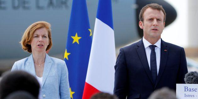 Emmanuel Macron et Florence Parly sur la base aérienne de Salon le 20 juillet