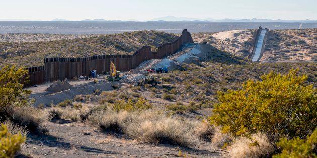 La frontière entre le Mexique et les États-Unis, au niveau de Santa Teresa, au Nouveau-Mexique, où le...
