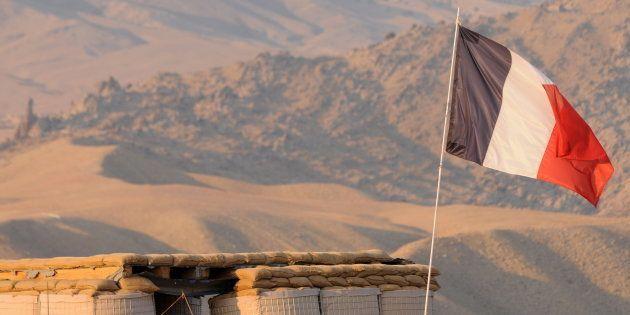 Des soldats français dans la valée d'Uzbein en Afghanistan le 16 décembre