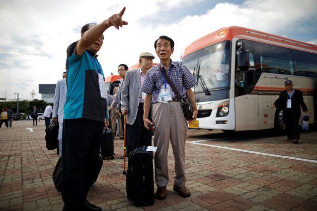 La réunion des familles des Corées du Nord et du Sud, un événement symbolique qui arrange bien les deux