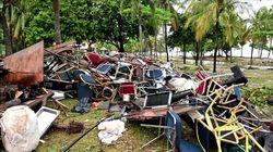 Les décombres de la scène du groupe Seventeen après le tsunami témoignent de sa