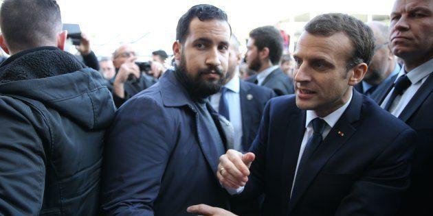 Emmanuel Macron et Alexandre Benalla au salon de l'Agriculture le 24 février