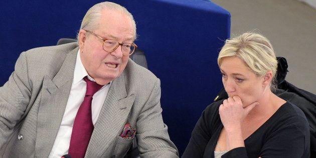 Jean-Marie Le Pen a beau être exclu du FN, Marine Le Pen n'en a pas fini avec son