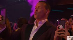 La réaction adorable d'Alex Rodriguez pendant le show de Jennifer Lopez aux