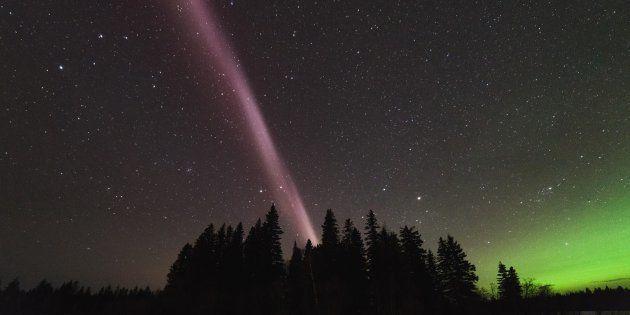 Finalement, Steve n'est pas une aurore mais un phénomène astronomique totalement