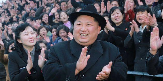 Jeux olympiques d'hiver 2018: Kim Jong Un invite le président sud-coréen Moon Jae-in à Pyongyang, une...