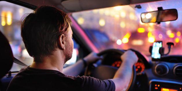 Réveillon du Nouvel An: il lance HelloSAM, une appli pour se faire ramener et sa voiture aussi (Photo